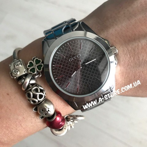 Часы в стиле Gucci. 3 цвета в наличии