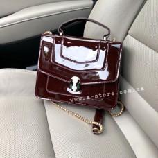 Лаковая сумка копия Bulgari. Бордовый цвет